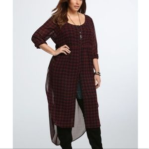 Torrid Houndstooth Maxi Blouse Size 1